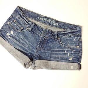 American Eagle distressed shorts size 6